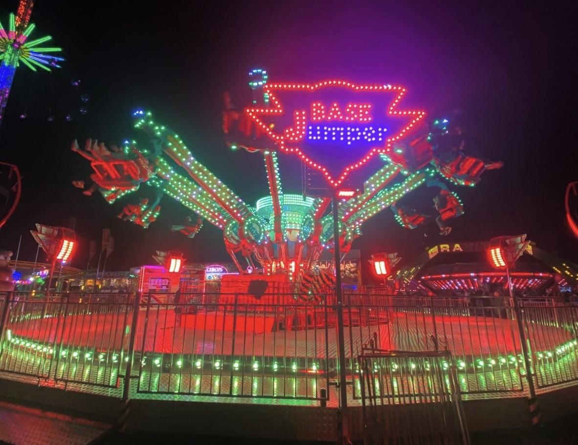 Kermisattractie: BASE Jumper XXL Huren
