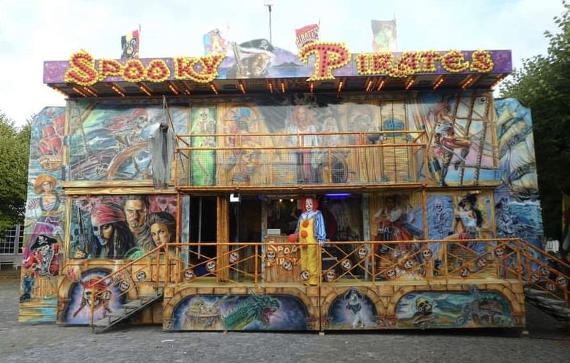 Kermisattractie: Loopspookhuis Spooky Pirates Huren