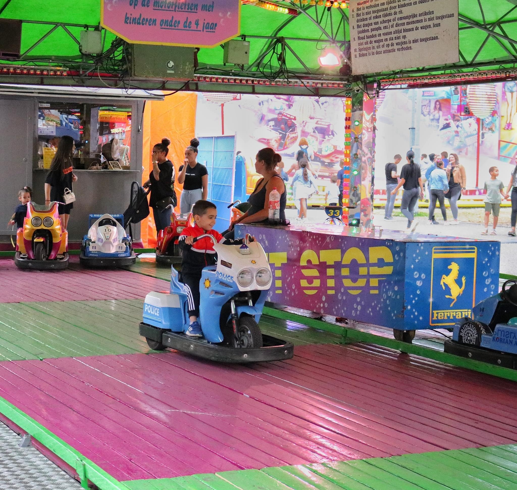 Kermisattractie: Mini Cars Huren